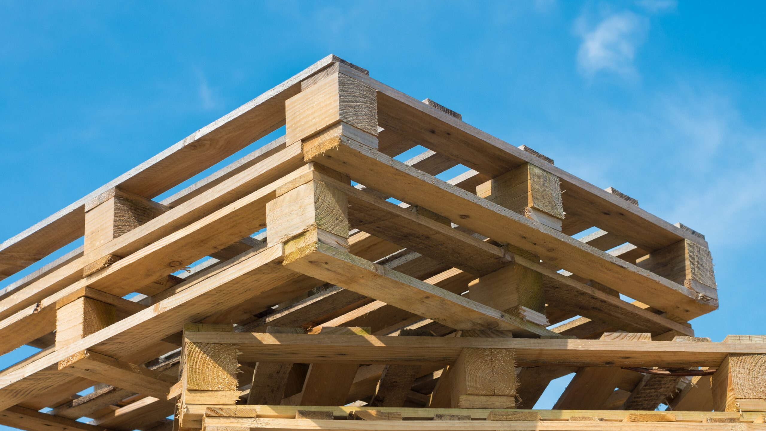 Achieve Supply Chain Efficiency by Using Pallets