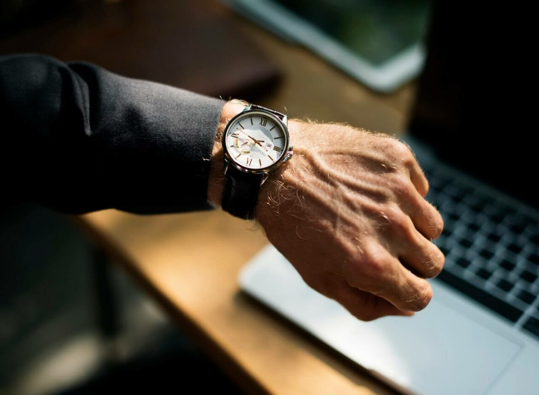 7 Benefits of Wearing a Wrist Watch